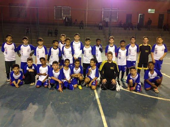 """d28aa5ad2d486 Equipes do Projeto """"Futsal Esporte e Vida"""" participam de jogos da Copa Sesi  de Futsal - Noticias PORTO FERREIRA HOJE"""