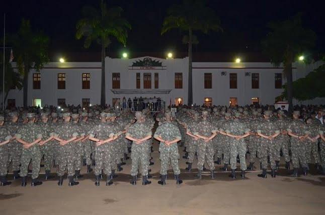 13º Regimento de Cavalaria Mecanizado promoveu a solenidade de ... 6dcf41ac977